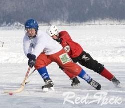Трус не играет в таежный хоккей